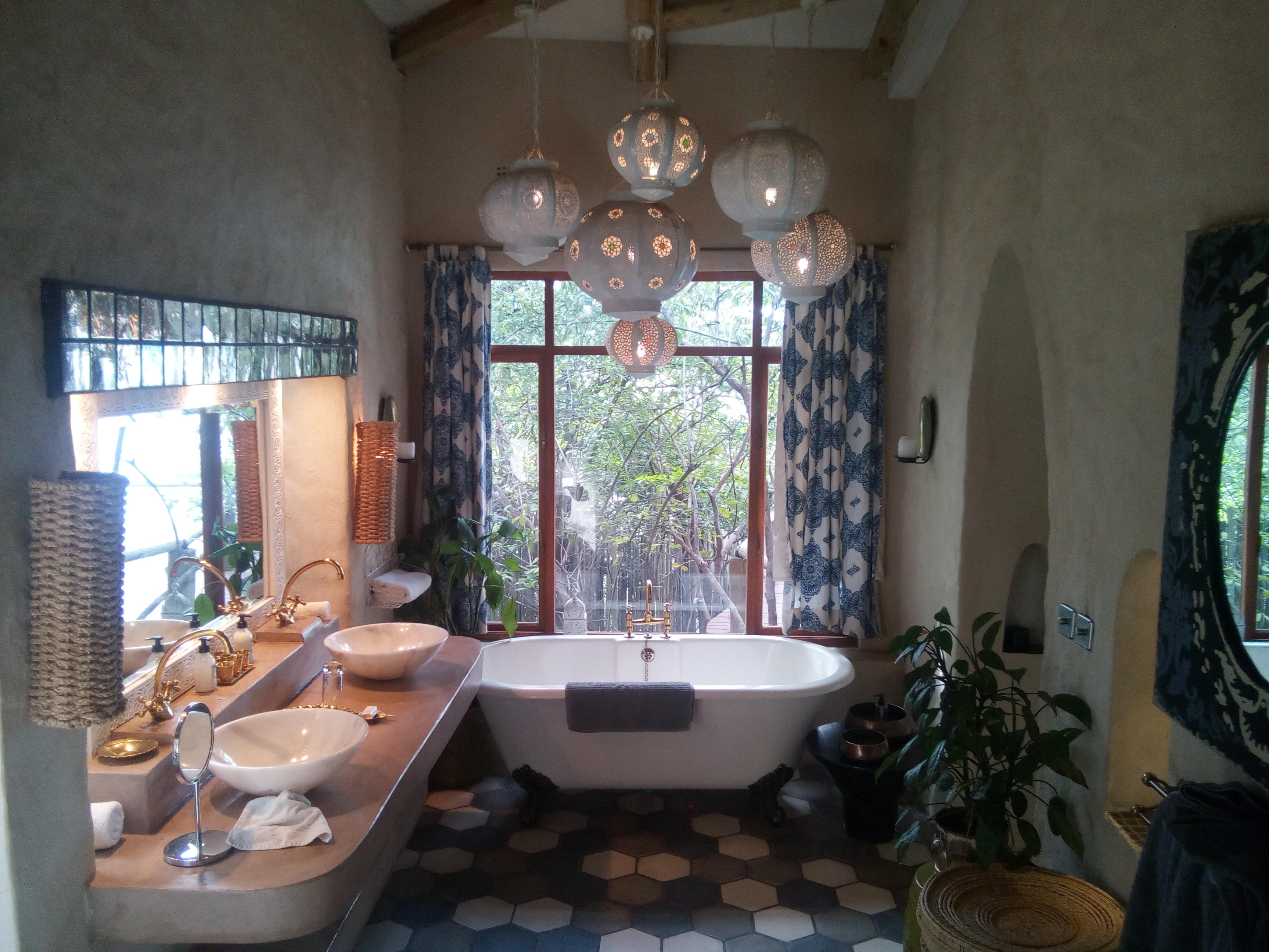 The Nuthouse Bathroom